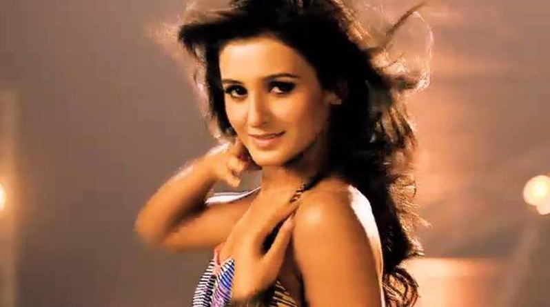 Dance + Plus Shakti Mohan Hot Unseen Pictures, Photos Leaked 8