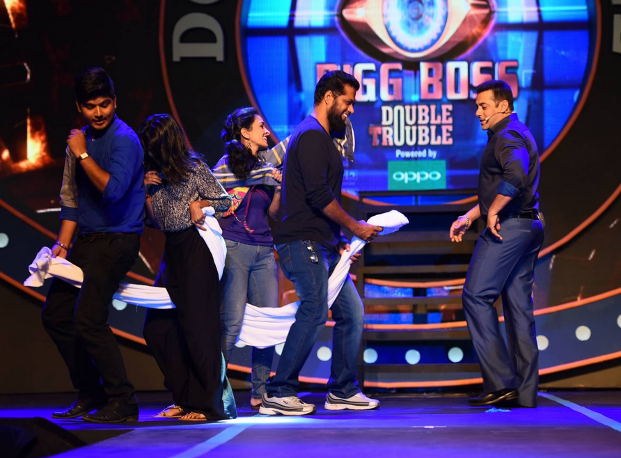 Salman Khan Bigg Boss 9 Double Trouble Exclusive Sneak Peak of the Grand House HD Video