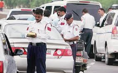 Delhi New Traffic Rules Red Light Violation Fine| Charges