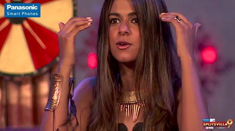 MTV Splitsvilla Episode 9 23 July 2016 Golden Bracelet Task New Princess Wild Card Enteries Fight Dumpings Video Updates 4
