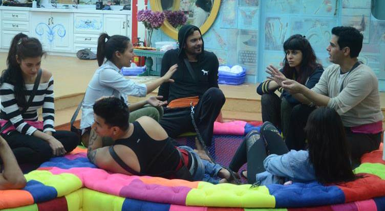 Bigg Boss 9 Double Trouble 5th Day Partner Exchange Task Get Bags Back 16th October Full Episode HD Video